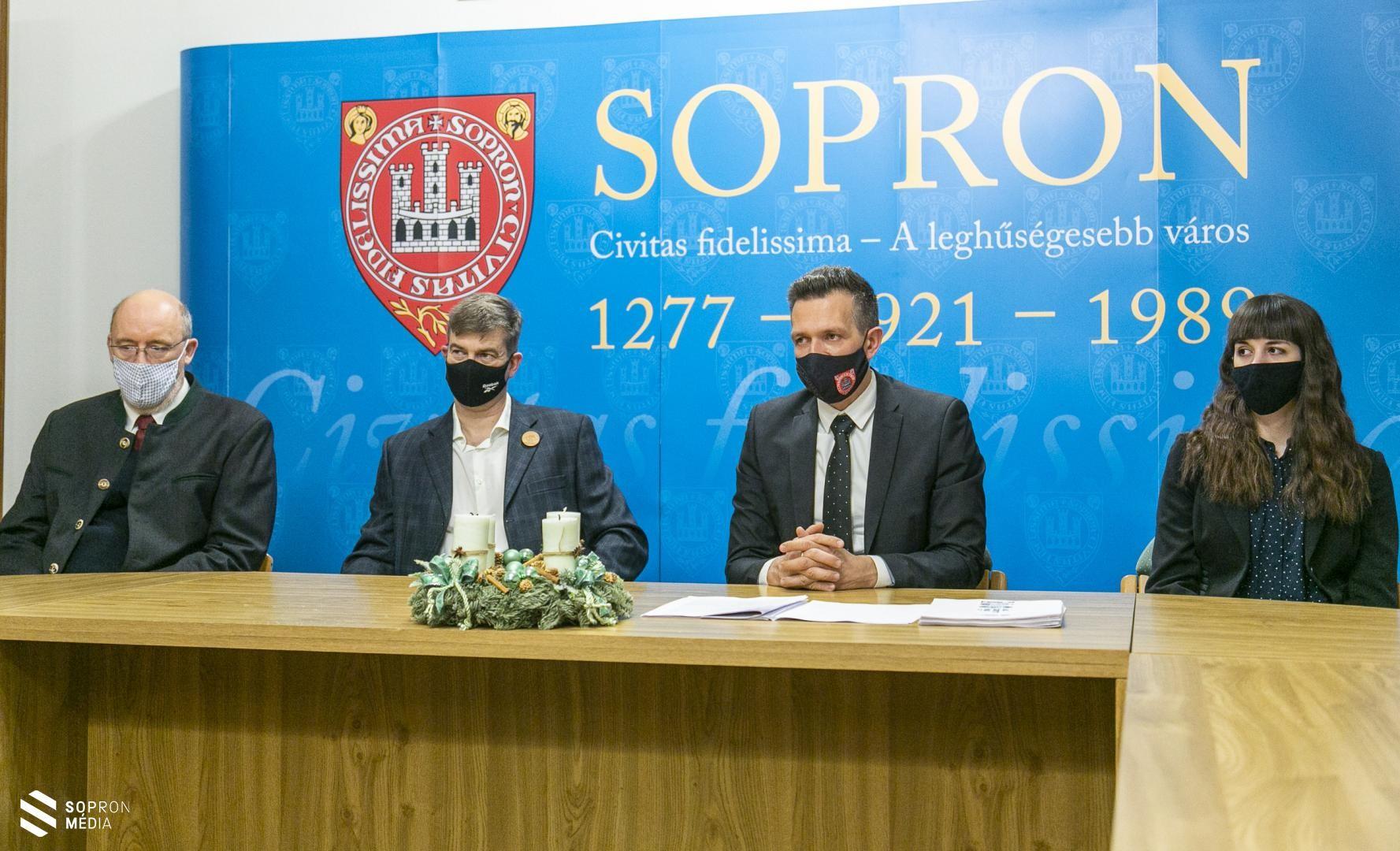 Sopron100 sajtótájékoztató (Forrás: sopronmedia.hu, Fotó: Griechisch Tamás)